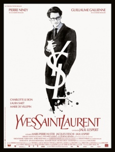 PHOTO-Yves-Saint-Laurent-se-paye-une-affiche-de-luxe_portrait_w532